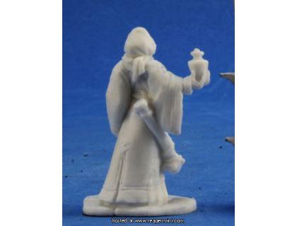 Reaper Bones 77396 Olivia Female Cleric