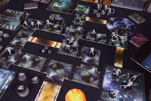 Alien vs Predator Deskofobie-unboxing-AvP-The_Hunt_Begins-n%C3%A1hled